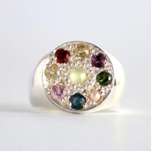 Round Nawarathna Ring